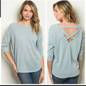 Small,Close out priced 3/4 sleeve criss cross back